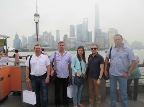 Oleksandr Pietushkov, Chief International Officer at Ukrainian Union of Building Materials' Manufacturers, (2nd from right) with Ukrainian construction material manufacturers in Shanghai, July 2015